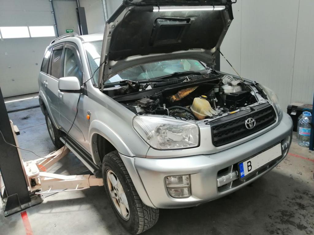 Подмяна на уплътненията на дюзите Toyota Rav 4 Варна